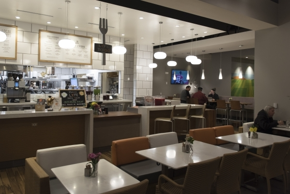 Lyfe Kitchen S Food Makes You Forget About Its Healthful Focus Las