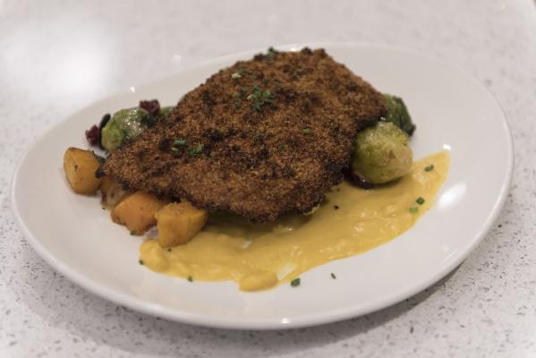 A dish of Art's Unfried Chicken is seen at Lyfe Kitchen at 140 S. Green valley Pkwy. in Henderson on Saturday, Jan. 16, 2016. Jason Ogulnik/Las Vegas Review-Journal