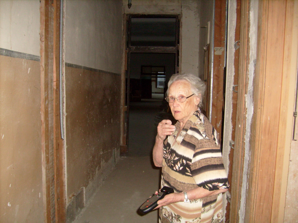 For years, Virginia Ridgway has been he grand old dame of the Goldfield Hotel, the keep of the keys, the leader of all tours. The long-shuttered hotel, which is popular among history buffs and fan ...