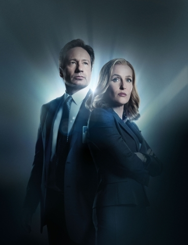 THE X-FILES: L-R: David Duchovny and Gillian Anderson. The next mind-bending chapter of THE X-FILES debuts with a special two-night event beginning Sunday, Jan. 24 (10:00-11:00 PM ET/7:00-8:00 PM  ...