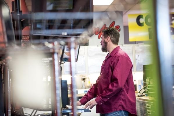 Joe Vanderham works on a computer at Simple Computer Repair in Henderson on Wednesday, Jan. 20, 2016. Joshua Dahl/Las Vegas Review-Journal