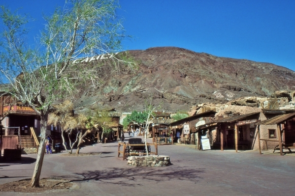 California's Calico ghost town, near Barstow, lives on today as a historical attraction and regional park. (Thinkstock)