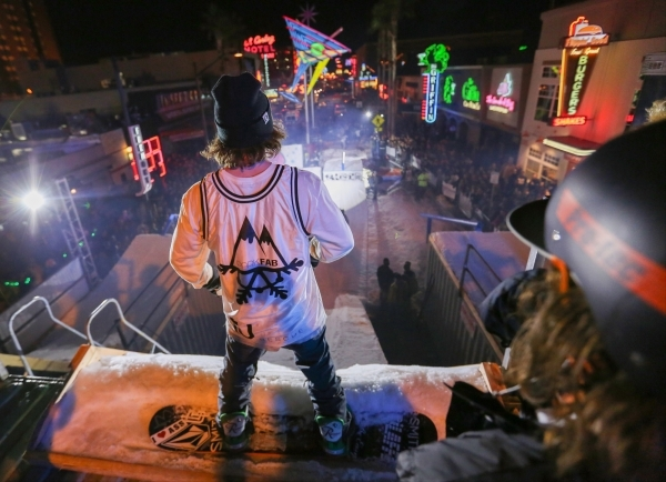 Contestants prepare to make a run in the 2016 Park Jam snowboarding competition on Fremont Street in Las Vegas on Saturday, Jan. 23, 2016. Brett Le Blanc/Las Vegas Review-Journal Follow @bleblancphoto
