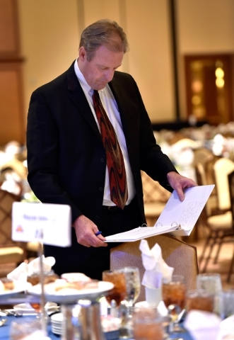 North Las Vegas Mayor John Lee reviews his notes before  his State of the City address at the Texas Station hotel-casino on Thursday, Jan. 28, 2016, in North Las Vegas. David Becker/Las Vegas Revi ...