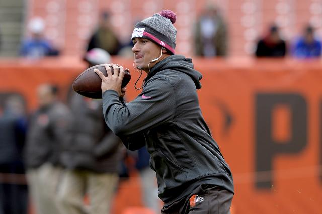 Oct 18, 2015; Cleveland, OH, USA; Cleveland Browns quarterback Johnny Manziel (2) warms up before the game between the Cleveland Browns and the Denver Broncos at FirstEnergy Stadium. (Ken Blaze/US ...