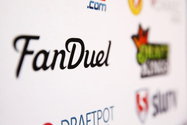A FanDuel logo is displayed on a board inside of the DFS Players Conference in New York November 13, 2015. (Lucas Jackson/Reuters)