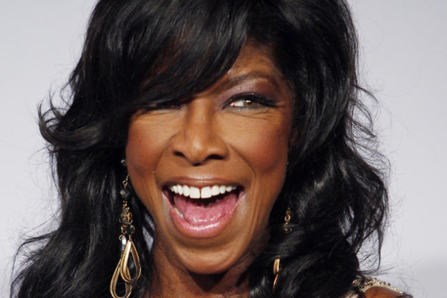 Natalie Cole poses backstage during the 14th Latin Grammy Awards in Las Vegas, Nevada, in this file photo taken November 21, 2013. Cole, the daughter of legendary jazz singer Nat 'King&lsquo ...