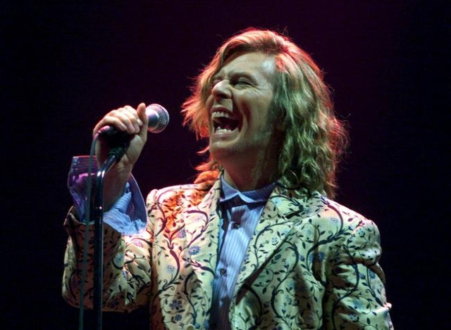 Rock star David Bowie performs at the Glastonbury Festival in this June 25, 2000 file photo.  Singer Bowie has died after an 18-month battle with cancer, his official Twitter account announced on  ...