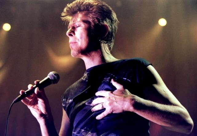 British Pop Star David Bowie performs on stage during his concert in Vienna February 4, 1996 file photo. Singer Bowie has died after an 18-month battle with cancer, his official Twitter account an ...