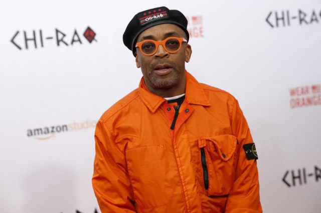 """Spike Lee poses on the red carpet at the premiere of """"Chi-Raq"""" in New York December 1, 2015. (Shannon Stapleton/Reuters)"""
