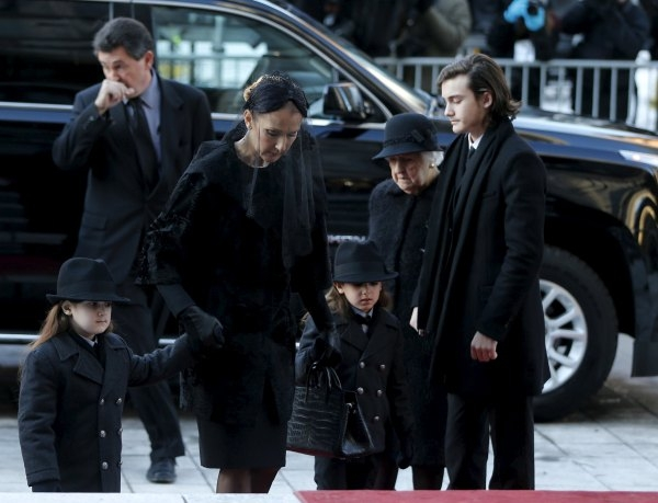 Singer Celine Dion (2nd L) arrives with her children, twins Eddy and Nelson, Rene-Charles and her mother Therese for the funeral of her husband Rene Angelil at Notre Dame Basilica in Montreal Janu ...