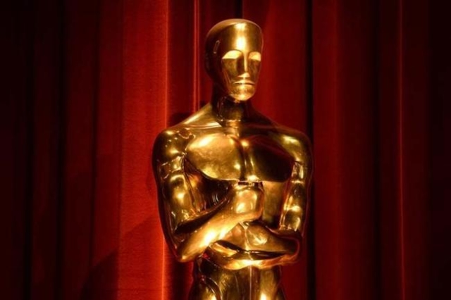 An Oscar statue is seen during the nominations announcements for the 88th Academy Awards in Beverly Hills, California, Jan. 14, 2016. The Oscars will be presented in Hollywood on Feb. 28, 2016. (P ...