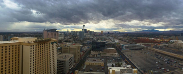 A storm approaches Las Vegas, as seen from downtown, on Jan. 31, 2016 (courtesy, Jungin Silvey)