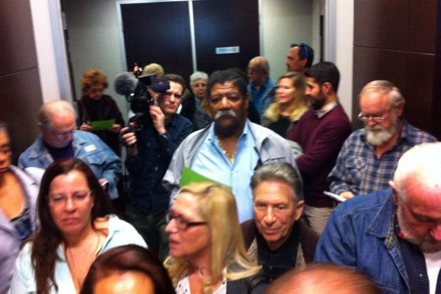 Angry consumers await PUC meeting on solar power. (Michael Quine via Twitter/Las Vegas Review-Journal) Follow him @Vegas88s