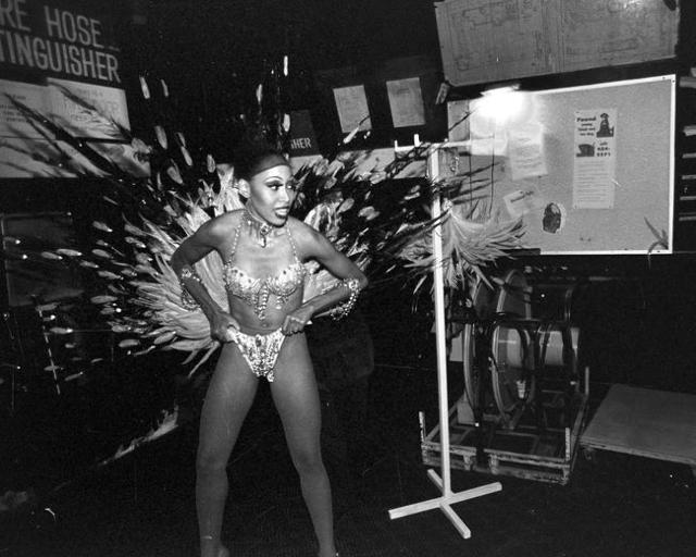 """A """"Jubilee!"""" dancer adjusts her costume during a 2001 show at Bally's, 3645 Las Vegas Blvd. South. Jeff Scheid/Las Vegas Review-Journal Follow @jlscheid"""