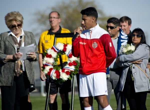 Alex Medina of the Sagebrush Soccer Club United Red 98 from Reno, speaks to the team from France during opening ceremonies for the Las Vegas MayorþÄôs Cup International Showcase at the Be ...