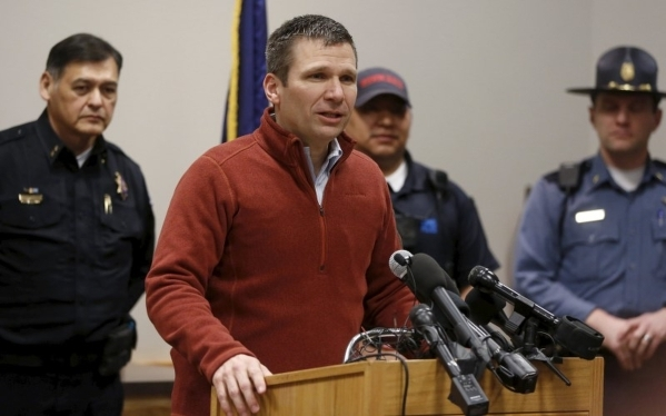 FBI Special Agent in Charge Greg Bretzing speaks to the media during a news conference in Burns, Ore., on Thursday, Feb. 11, 2016. Jim Urquhart/Reuters