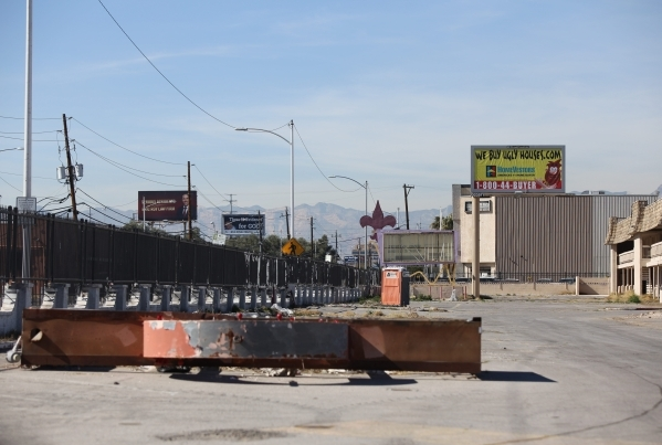 A blank sign bearing a fleur-de-lis marks the site of the Moulin Rouge, the first desegregated casino in Las Vegas on Friday, Feb. 12, 2016. Brett Le Blanc/Las Vegas Review-Journal Follow @bleblan ...