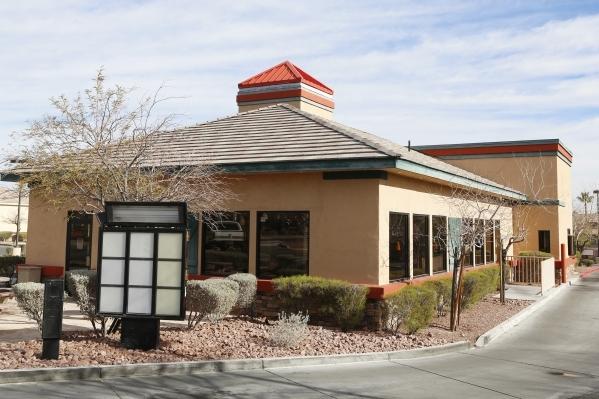 A closed Fazolis restaurant is shown on Wednesday, Feb. 17, 2016, at 1260 N Town Center Dr., in Las Vegas. Bizuayehu Tesfaye/Las Vegas Review-Journal Follow @bizutesfaye