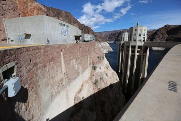 Low water levels leave a light-colored ring of mineral deposits at the Hoover Dam near Boulder City, Nev., on Thursday, Feb. 18, 2016. Brett Le Blanc/Las Vegas Review-Journal Follow @bleblancphoto