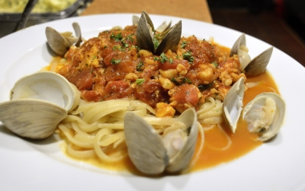 The linguini and clams with red sauce is shown at BriggþÄôs Oyster Co. in the Suncoast hotel-casino at 9090 Alta Drive in Las Vegas on Sunday, Feb. 21, 2016. Bill Hughes/Las Vegas Review- ...