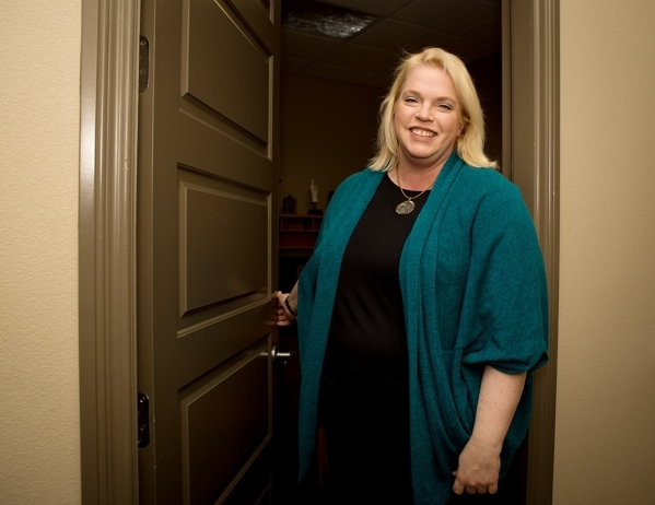 "Janelle Brown of TLC's reality show ""Sister Wives""  has been a Las Vegas real estate agent at TMI Realty, for three years. TONYA HARVEY/RJREALESTATE.VEGAS"