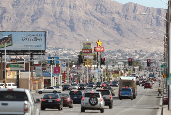 Automobile and pedestrian traffic are shown on Charleston Boulevard near Bruce Street Tuesday, Feb. 23, 2016, in Las Vegas. Ronda Churchill/Las Vegas Review-Journal