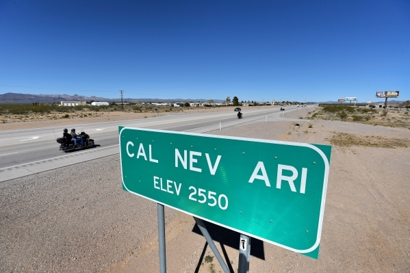 cal nev ari muslim Cal-nev-ari — in 1965, slim and nancy kidwell touched down in the desert 70  miles south of las vegas to scratch out their dream: a town.