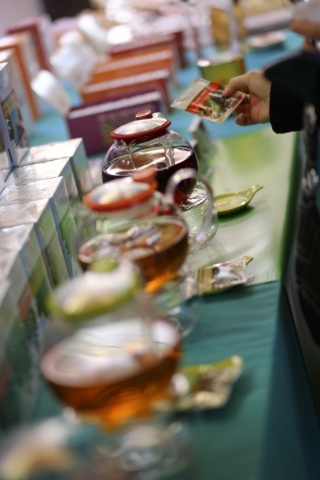 A customer looks at a package of tea while trying samples during the Southwest Tea Fest at the Downtown 3rd Farmer's Market at in Las Vegas on Saturday, Feb. 27, 2016. Brett Le Blanc/Las Veg ...