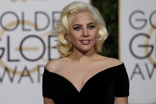 Singer Lady Gaga arrives at the 73rd Golden Globe Awards in Beverly Hills, California January 10, 2016. (Mario Anzuoni/Reuters)