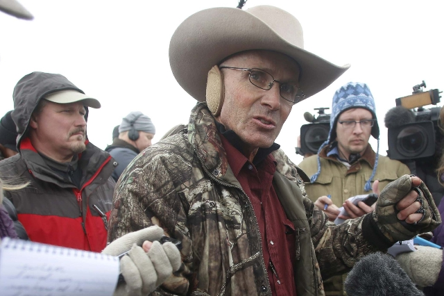 Arizona cattle rancher LaVoy Finicum talks to the media at the Malheur National Wildlife Refuge near Burns, Oregon, in a January 5, 2016 file photo. REUTERS/Jim Urquhart/Files