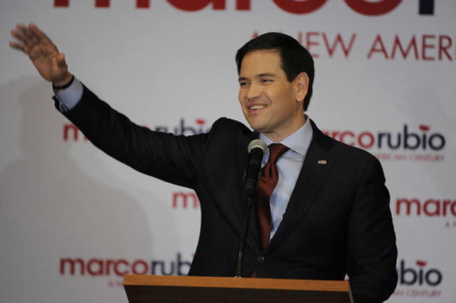 Republican presidential candidate Marco Rubio waves to supporters during the Rubio watch party at the Downtown Marriott Hotel in Des Moines Iowa February 1 2016. REUTERS/Dave Kaup