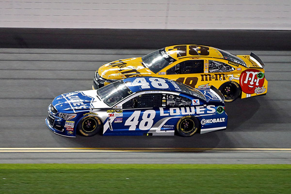 Kyle Busch, Dale Earnhardt Jr  win Duels at Daytona   Las Vegas