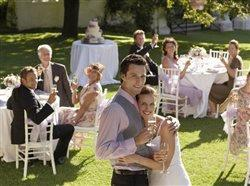 Beat planning pressure: 5 tips for an intimate wedding