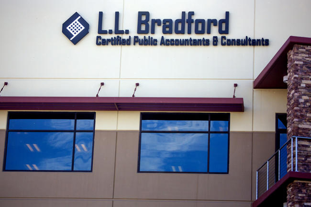 The L.L. Bradford and Company, 8880 Sunset Road, is seen Thursday, Feb. 18, 2016. (Jeff Scheid/Las Vegas Review-Journal Follow @jlscheid)