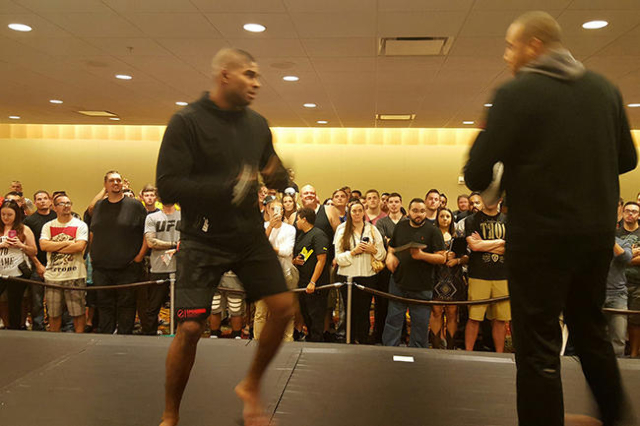 UFC heavyweight Alistair Overeem holds an open workout at the Hyatt Regency in Orlando. (Adam Hill/Las Vegas Review-Journal)
