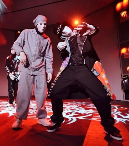 Smaller stage does not confine Jabbawockeez's feet | Las Vegas