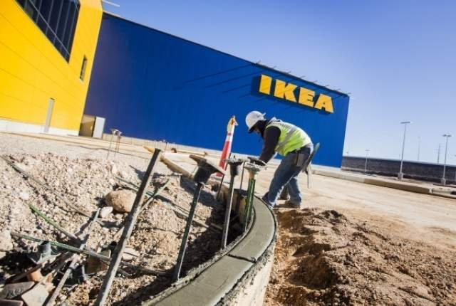 A worker is seen in front of the Ikea store at 215 Beltway at Durango Drive, on Thursday, Dec. 17,2015. The 351,000 square foot home furnishing store is scheduled to open next summer. Jeff Scheid/ ...