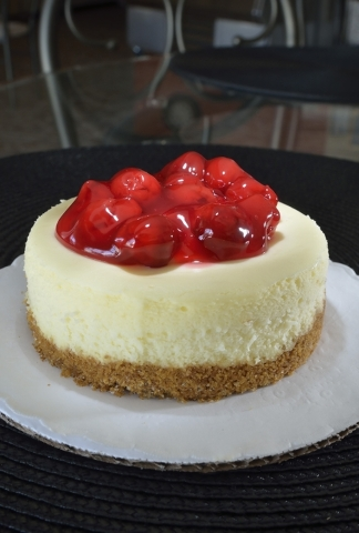 The cherry cheesecake is shown at Gotta Love Cheesecake at 5081 N. Rainbow Blvd. in Las Vegas on Saturday, Feb. 6, 2016. Bill Hughes/Las Vegas Review-Journal