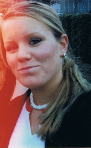 Family members say Jessica Foster, seen in this undated photo, spoke with them often before she suddenly stopped answering her phone and responding to emails March 29, 2006. (Courtesy photo)