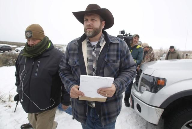 Ammon Bundy arrives to address the media at the Malheur National Wildlife Refuge near Burns, Oregon, January 5, 2016. (Jim Urquhart/Reuters)