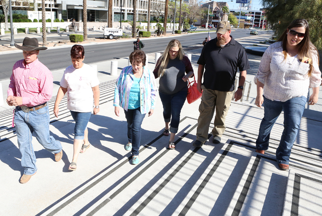 Carol Bundy, wife of Nevada rancher Cliven Bundy, third left, her son Arden, left, Margaret Houston, second left, her daughter Stetsy Cox, third right, and daughter Bailey Logue, far right, arrive ...