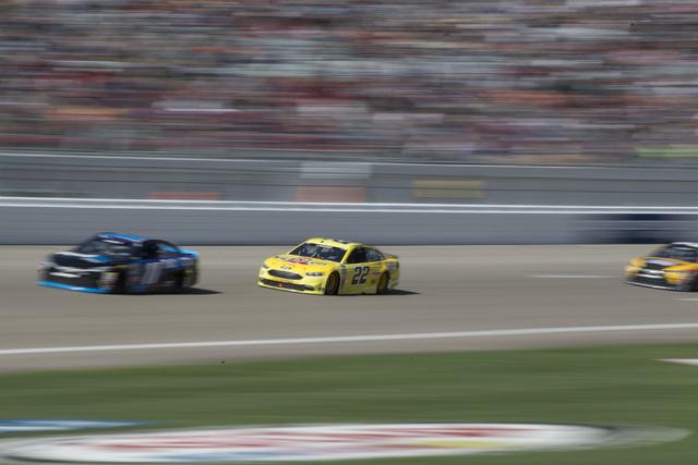 Joey Logano (22) races in the NASCAR Sprint Cup Series Kobalt 400 race at the Las Vegas Motor Speedway in Las Vegas on Sunday, March 6, 2016, in Las Vegas. Erik Verduzco/Las Vegas Review-Journal F ...