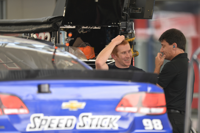 Crew members for Cole Whitt (98), left, speaks with a team member during Sprint Cup testing on Thursday, Mar. 3, 2016 at Las Vegas Motor Speedway. Brett Le Blanc/Las Vegas Review-Journal Follow @b ...