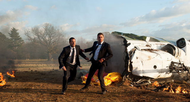 Aaron Eckhart (left) stars as Benjamin Asher and Gerard Butler (right) stars as Mike Banning in LONDON HAS FALLEN,  Credit : David Appleby / Gramercy Pictures