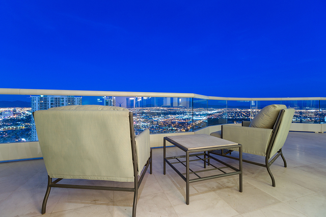 There rooftop provides stunning views of the Las Vegas Strip. (COURTESY SHAPIRO & SHER GROUP)