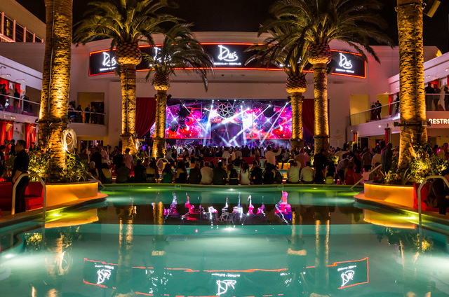 A crowd surrounds the rooftop pool inside Drais Nightclub at the Cromwell. (Courtesy/Drais Nightclub)