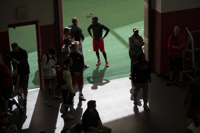 Players participate during Pro Day at UNLV's Lied Athletic Complex on Thursday, March 17, 2016, in Las Vegas. Erik Verduzco/Las Vegas Review-Journal Follow @Erik_Verduzco