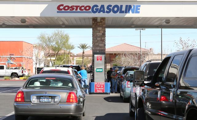 Drivers line up at a Costco gas station on 6555 N. Decatur Blvd., Wednesday, March 9, 2016, in Las Vegas. Bizuayehu Tesfaye/Las Vegas Review-Journal Follow @bizutesfaye
