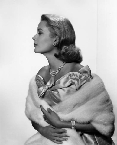 Princess Grace, former movie star Grace Kelly, as photographed by Yousuf Karsh in 1956. (Courtesy/Bellagio Gallery of Fine Art)